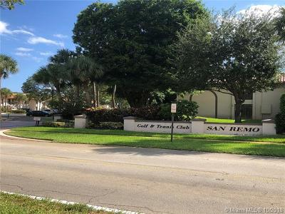 Boca Raton Condo For Sale: 300 E Club Cir #106