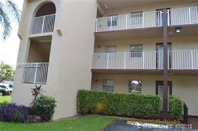 Sunrise Condo For Sale: 8861 Sunrise Lakes Blvd #209