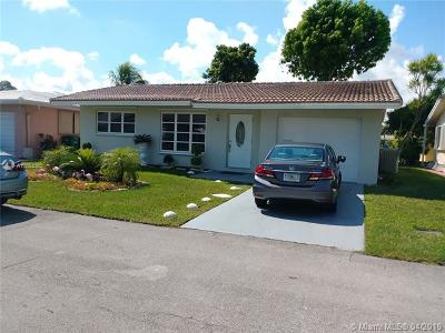 Tamarac Single Family Home For Sale: 4708 NW 49th Dr