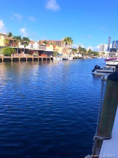 North Miami Beach Condo For Sale: 3545 NE 166th St #605