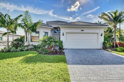 Delray Beach Single Family Home For Sale: 16394 Cabernet Dr