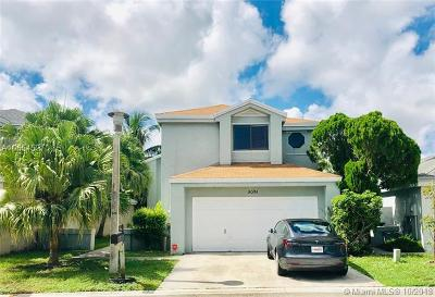 Coconut Creek Single Family Home For Sale: 2051 NW 37th Ave