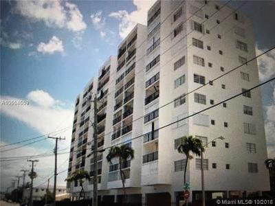 Miami Beach Condo For Sale: 7850 Byron Ave #406