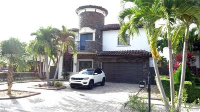 Miami Single Family Home For Sale: 14460 SW 30th St