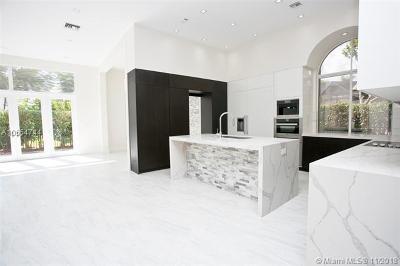 Weston Single Family Home For Sale: 2525 Eagle Run Cir