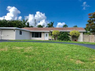 Boca Raton Single Family Home For Sale: 425 NE 33rd St