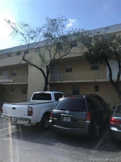Miami Condo For Sale: 9351 Fontainebleau Blvd #B225