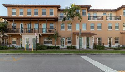 Condo For Sale: 14726 SW 10th St #10511