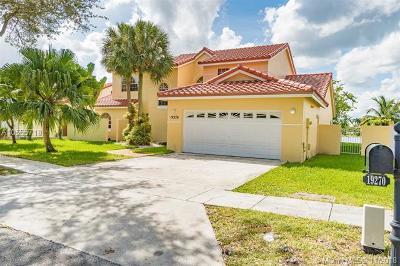 Hialeah Single Family Home For Sale: 19270 NW 87th Pl