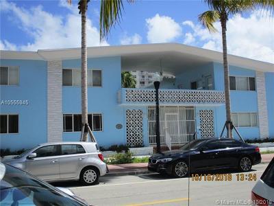 Miami Beach Condo For Sale: 401 Collins Ave #19