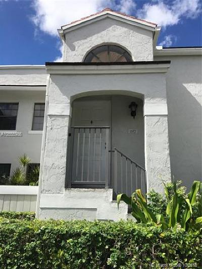 Pembroke Pines Condo For Sale: 11971 NW 11th St #11971