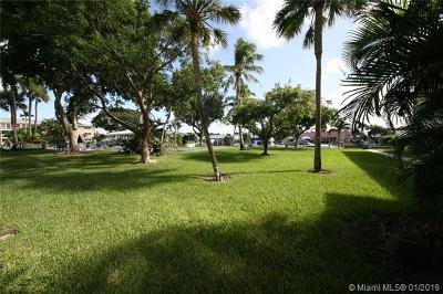 Fort Lauderdale Condo For Sale: 1100 SW 12th St #200