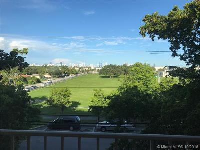 North Miami Beach Condo For Sale: 16750 NE 10th Ave #302