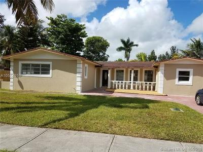 North Miami Single Family Home For Sale: 15850 N Miami Ave