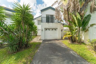 Miami Single Family Home For Auction: 213 NE 212th Ter