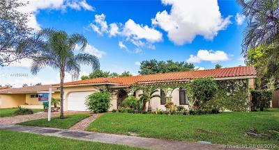 Miami Lakes Single Family Home For Sale: 7413 Loch Ness Dr