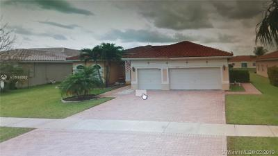 Pembroke Pines Single Family Home For Sale: 16454 NW 14th St