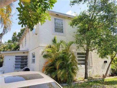 Broward County Multi Family Home For Sale: 5 NE 16th Ct