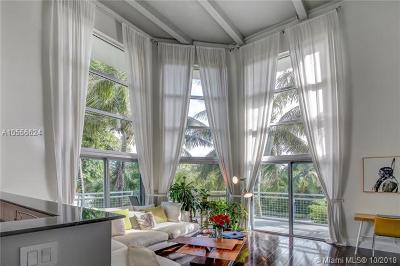 Miami Beach Condo For Sale: 7728 Collins Ave #10