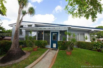 Fort Lauderdale Single Family Home For Sale: 2618 Okeechobee Ln