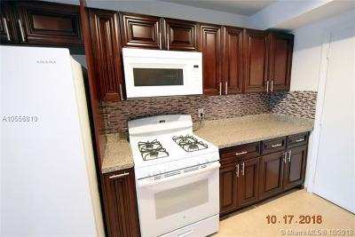 Hialeah Condo For Sale: 18111 NW 68th Ave #I-207