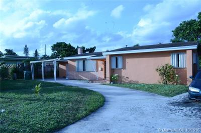 Miami Gardens Single Family Home For Sale: 1951 NW 185th Ter