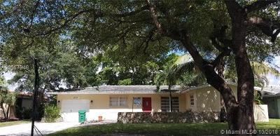 Miami Lakes FL Single Family Home For Sale: $449,900