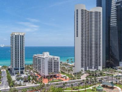 Sunny Isles Beach Condo For Sale: 210 174th St #2103