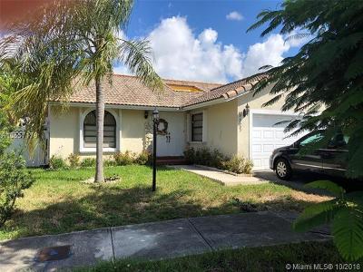 Miami Single Family Home For Sale: 15327 SW 60th Ln