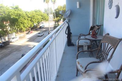 Miami Beach Condo For Sale: 1045 10th St #405