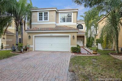 Coconut Creek Single Family Home For Sale: 3829 NW 62nd Ct