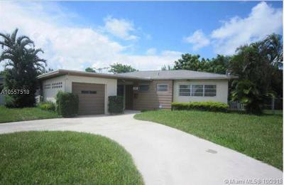 Miami Gardens Single Family Home For Sale: 15 NW 193rd Ter