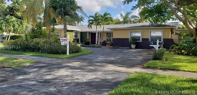 Miami Single Family Home For Sale: 10700 SW 120th St