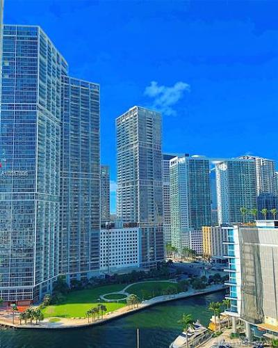Condo For Sale: 300 S Biscayne #1501