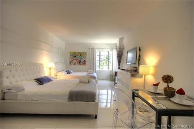 Miami Beach Condo For Sale: 1801 Collins Ave #430