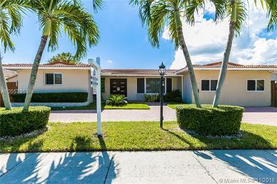 Miami Single Family Home For Sale: 2370 NE 196th St