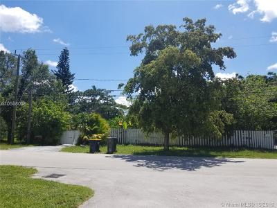 Broward County Single Family Home For Sale: 4664 SW 32nd Ave