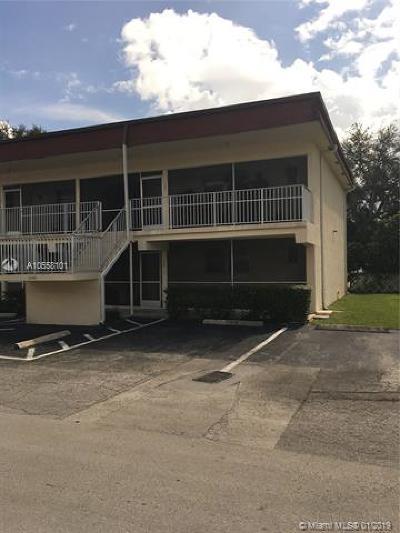 Dania Beach Condo For Sale: 5385 SW 40th Ave #105