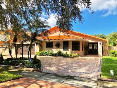 Miami Lakes Single Family Home For Sale: 16452 NW 82nd Pl