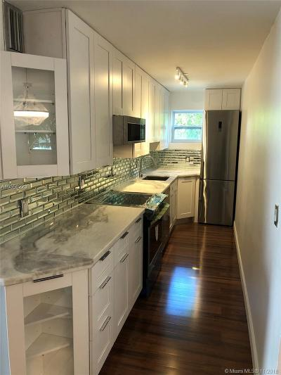 Rental For Rent: 61 Collins Ave #301