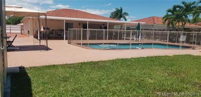 Miami-Dade County Single Family Home For Sale: 12458 SW 220 St