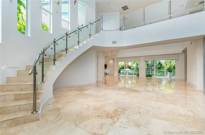 Key Biscayne Single Family Home For Sale: 618 Curtiswood Dr