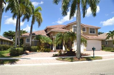 Broward County Single Family Home For Sale: 2531 Montclaire Cir
