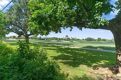 Coral Gables, South Miami Single Family Home For Sale: 4430 Santa Maria St