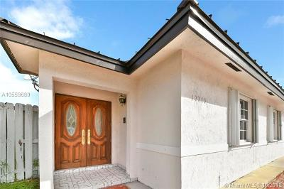 Miami Single Family Home For Sale: 13715 SW 24 St