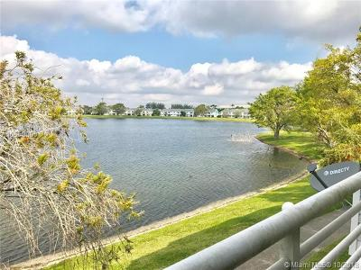 Oakland Park Condo For Sale: 3473 NW 44th St #205