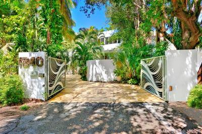 Coconut Grove FL Single Family Home For Sale: $2,399,000
