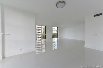 Miami-Dade County Condo For Sale: 1121 Crandon Blvd #F407