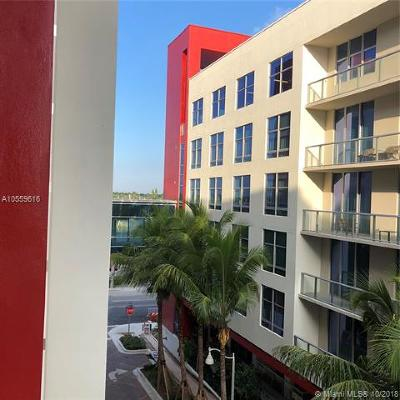 Hollywood Condo For Sale: 777 N Ocean Drive #S407