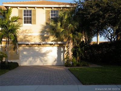 Palm Beach Gardens Condo For Sale: 5060 Dulce Ct